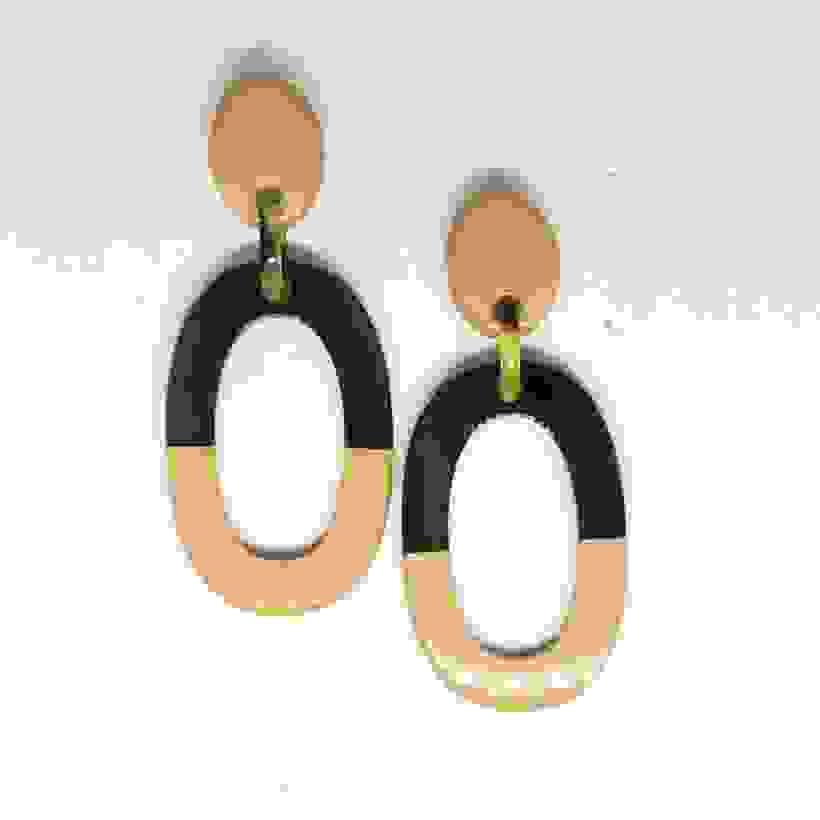 Buffalo Horn Earrings She 438